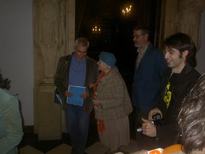 Jordi Amorós y Pilar�nBayés