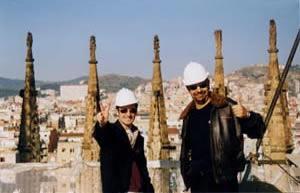 En lo alto de la nave central en el año 2000