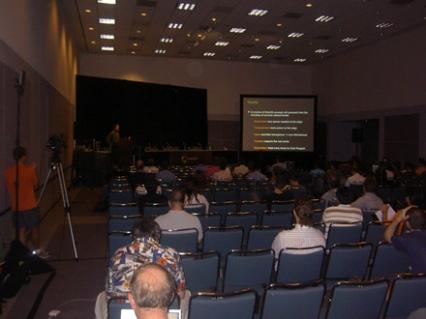 Presentación en la sala grande